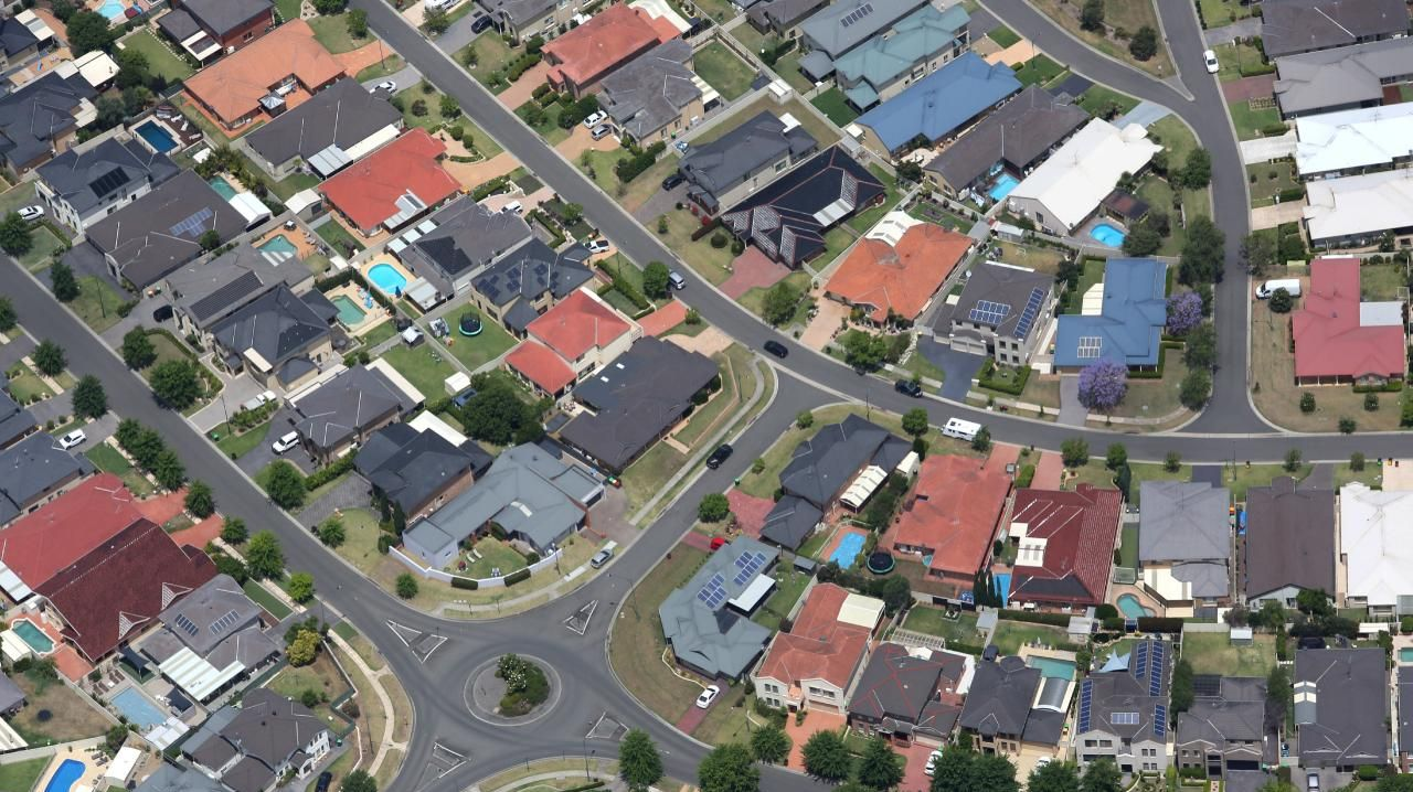 Aerial pictures over the Macarthur area, Picton, Camden and Campbelltown areas.