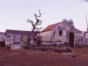 Remote Australian ghost town comes back to life