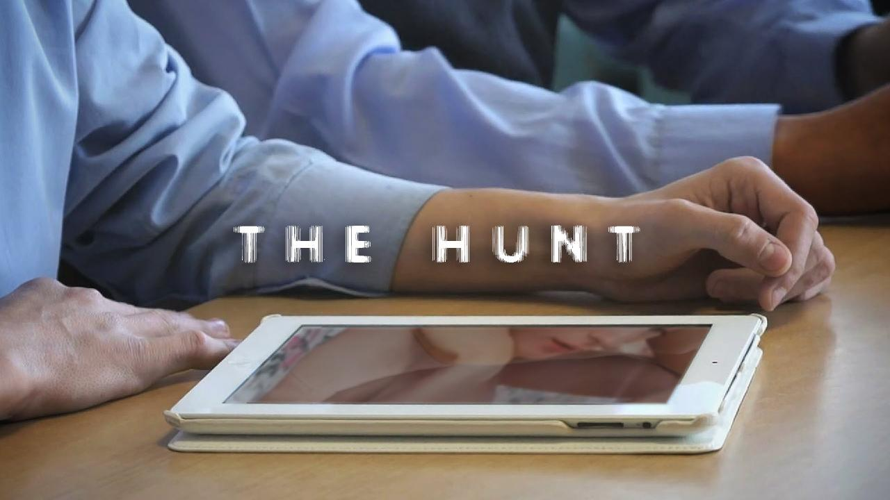 The Hunt is an innovative new Aussie drama delves into what happens before, during and after a nude photo scandal.