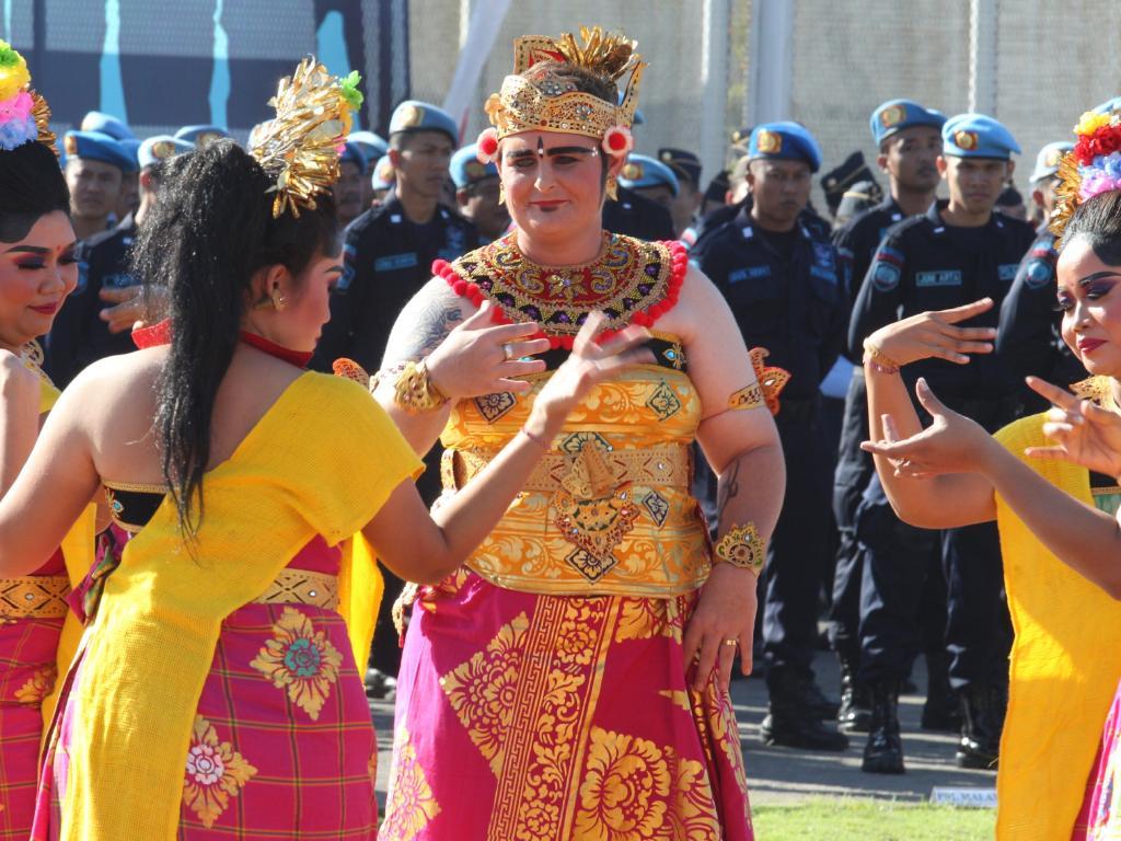 Renae Lawrence performs Puspanjali dance on Corrections Da inside Bangli prison. Picture: Lukman S Bintoro