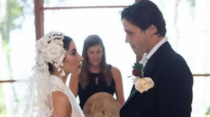 Lisa Origliasso and Logan Huffman wed.