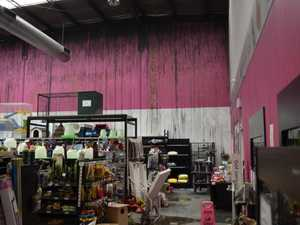 Deadly pet shop fire 'deliberate'