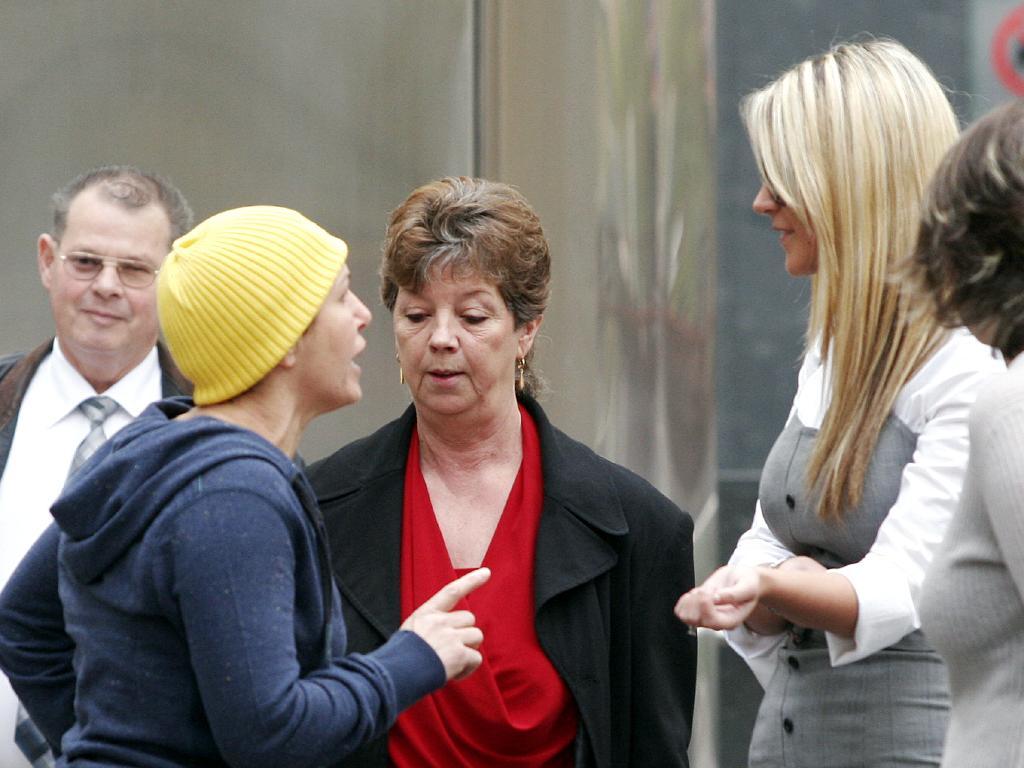 Rewind to 2007: Carl Williams' ex-wife Roberta gives Renata a serve.