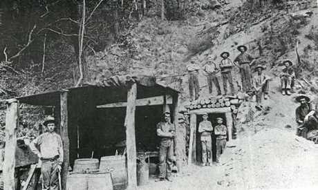 GLADSTONE GOLD: West Archer mine in Targinnie early 1900s.