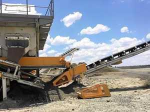 Quarry worker became entangled in drum of conveyor belt