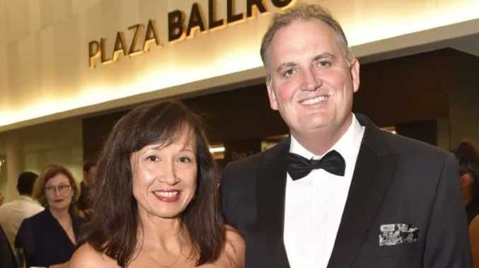 Journalist Hedley Thomas and wife Ruth Mathewson at the Walkley Awards. Picture: Adam Hollingworth