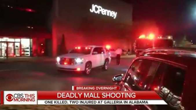 Gunman dead and two wounded in Alabama mall shooting