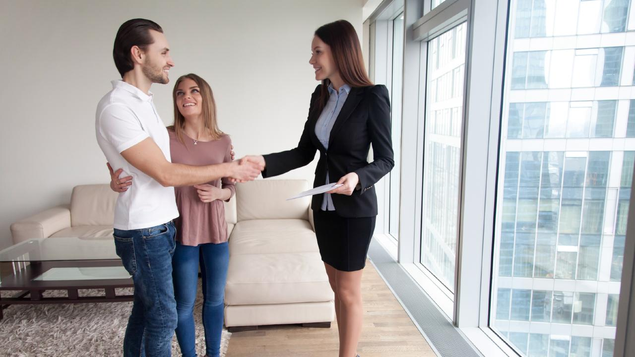 Agents are often more open to taking lower offers over the holiday period.
