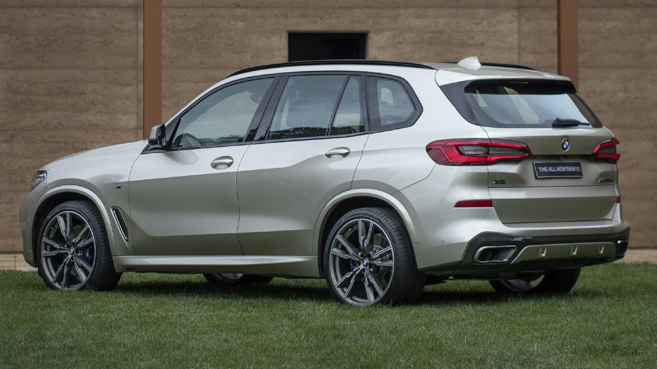 The X5 can tow up to 2700kg.