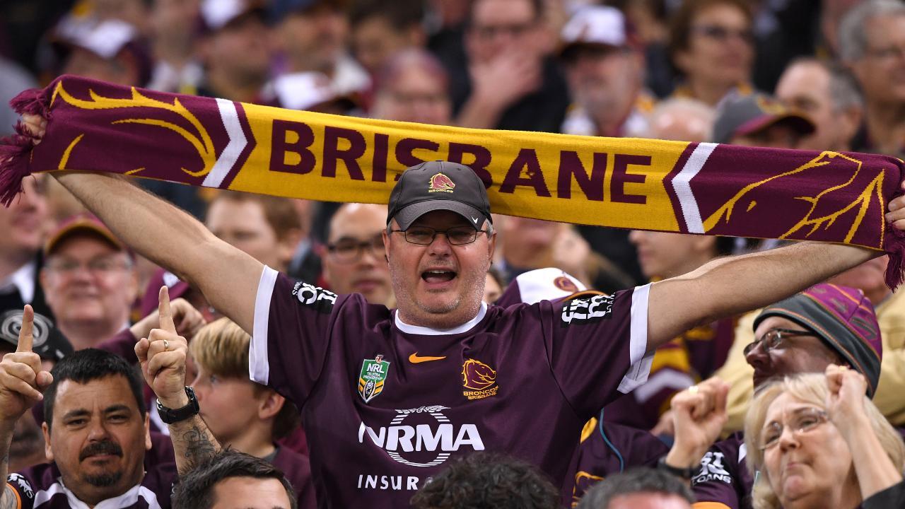 Brisbane or Perth deserve the next NRL team, believes Darren Lockyer. (AAP Image/Dave Hunt)