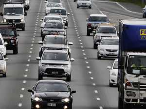 Bruce Hwy lanes blocked after smash