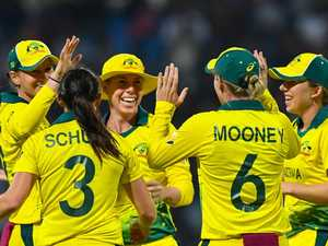 Australia thrash England in World T20 final
