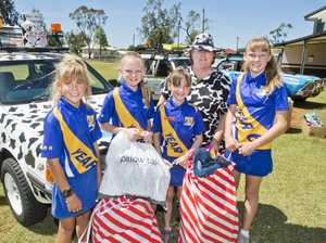 Oakey kids donate gifts