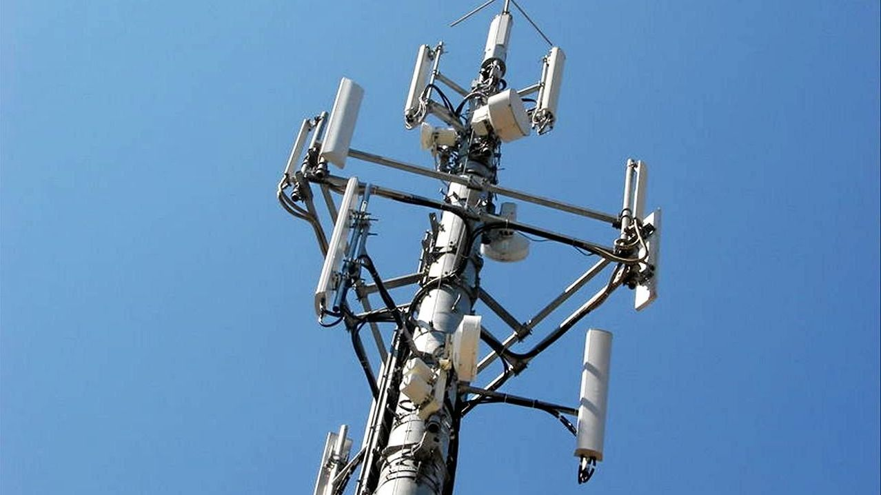 Optus is building six mobile phone towers on the Northern Rivers.