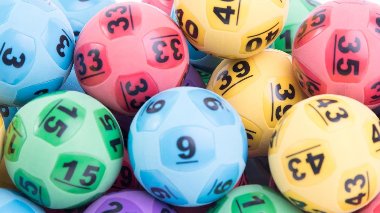 Moonee Ponds husband and wife are in shock after winning Saturday's TattsLotto draw.