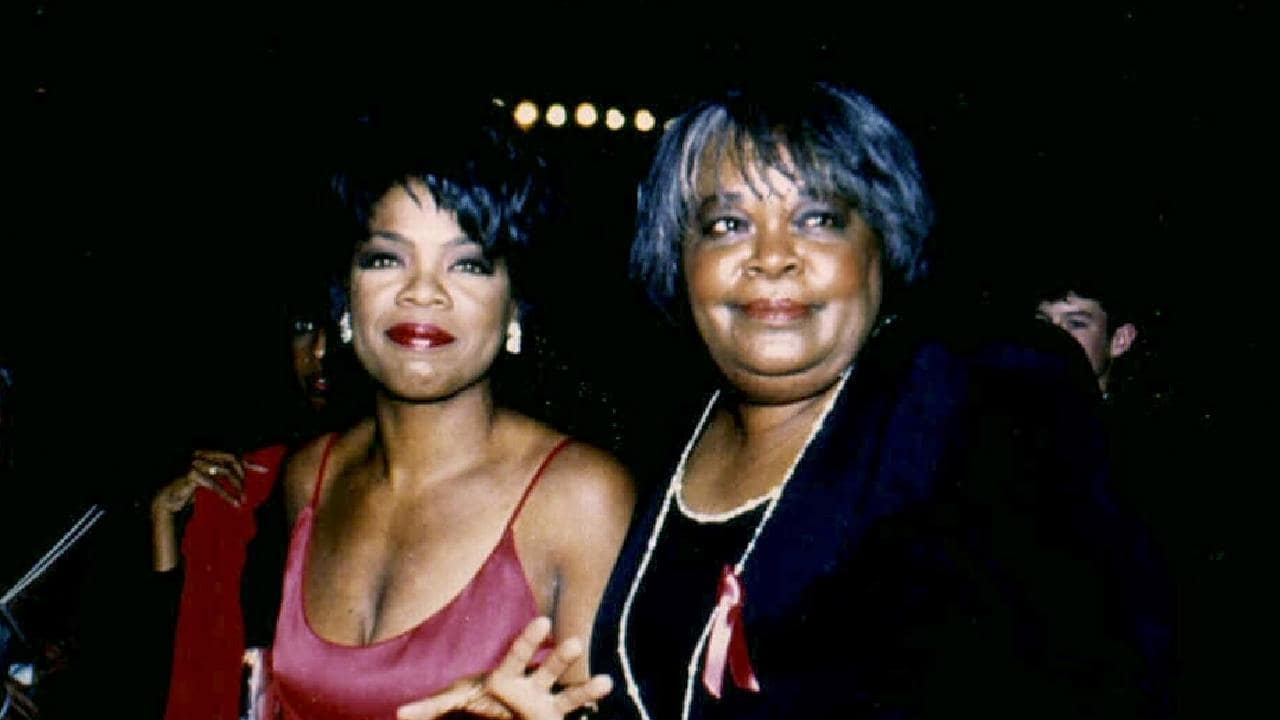 US TV talk show queen Oprah Winfrey with her mother Vernita Lee in 1994.
