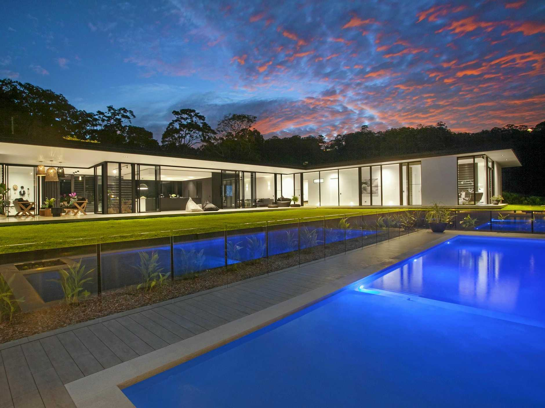 The Doonan Glasshouse designed by Noosa architect Sarah Waller.