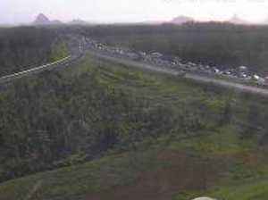 Huge delays as afternoon commute hits crash scene