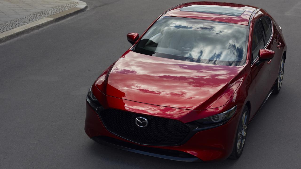 The new Mazda3 will feature a petrol engine without spark-plugs.