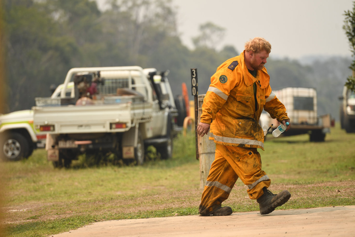 Major fires have caused mass evacuations in central Queensland