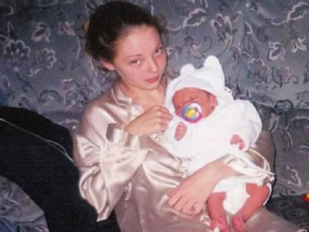 Sammy was just 15 when she gave birth to her son.