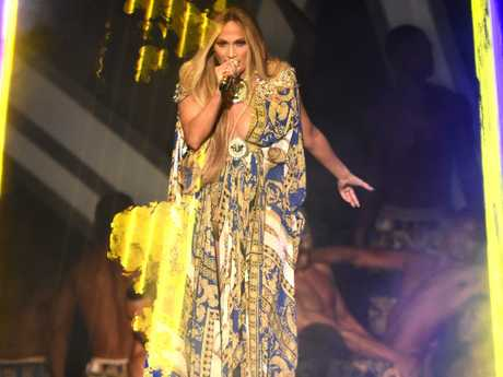 Jennifer Lopez performing at the 2018 MTV Video Music Awards.