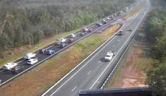 Heavy congestion on the Bruce Hwy south of the Sunshine Coast.