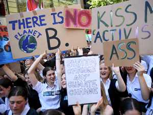 Climate change denialists 'cherry pick evidence'