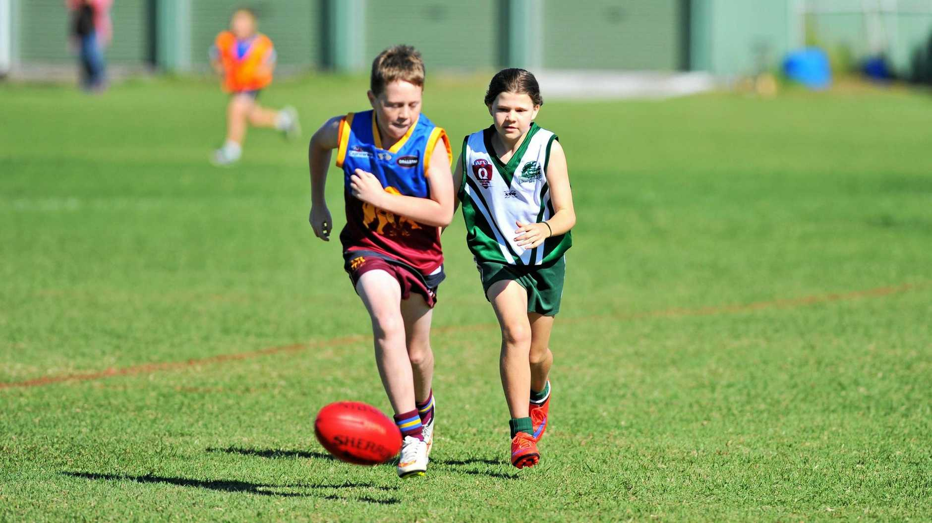 Tierney Burke playing for the Gladstone Mudcrabs against the Glenmore Bulls in the under-13s at Clinton Oval.  Photo Jake Jones / The Observer