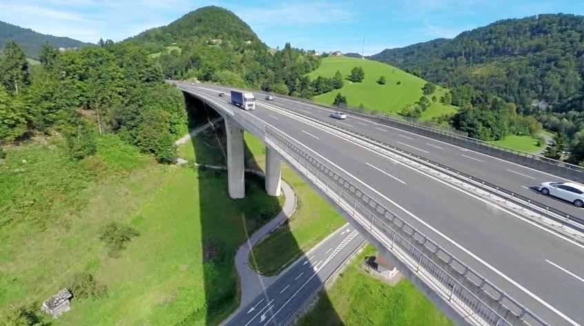 An artist's impression of a viaduct similar to that which could be used to traverse farmland and gullies west of Coffs Harbour.