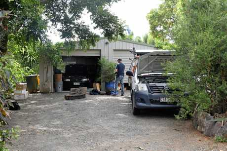 Multiple police officers in unmarked vehicles raided a Woombye home early Monday morning and arrested multiple people in relation to a drug operation.