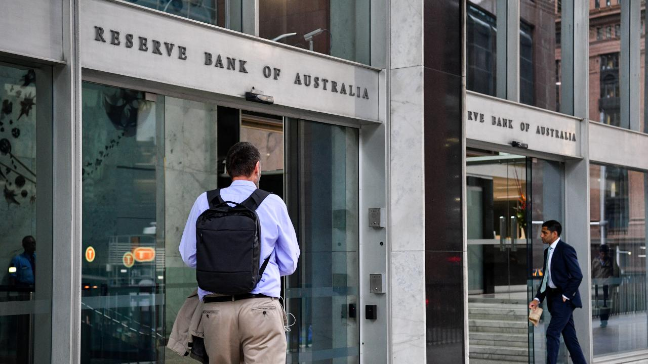 Economists predict the Reserve Bank will keep the official cash rate at 1.5 per cent at the final board meeting of 2018 on Tuesday December 4. Picture: AAP Image/Brendan Esposito.
