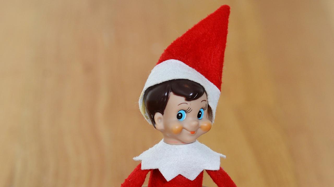 Elf On The Shelf Isn T Cute It S Creepy Sunshine Coast Daily