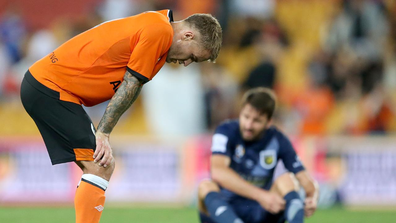 If selected, would Roar boss John Aloisi let Adam Taggart go to the Asian Cup with the Socceroos?