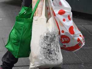 Push for plastic bag ban to go further