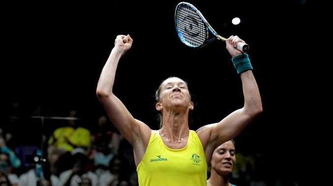 Donna Urquhart of Australia wins her match against Christine Nunn of Australia in the Women's Singles squash on day 2 during the XXI Commonwealth Games on the Gold Coast, Australia, Friday, April 6, 2018. (AAP Image/Tracey Nearmy) NO ARCHIVING, EDITORIAL USE ONLY