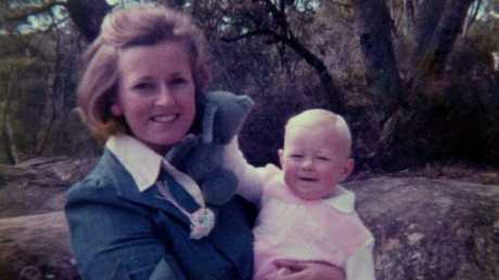 Lyn Dawson with one of her daughters at her Bayview home in 1978.