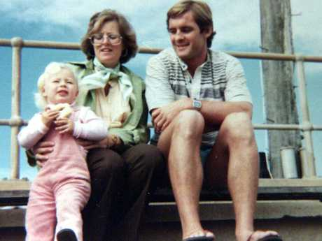 An undated picture of Lyn Dawson with husband Chris and daughter Shanelle.