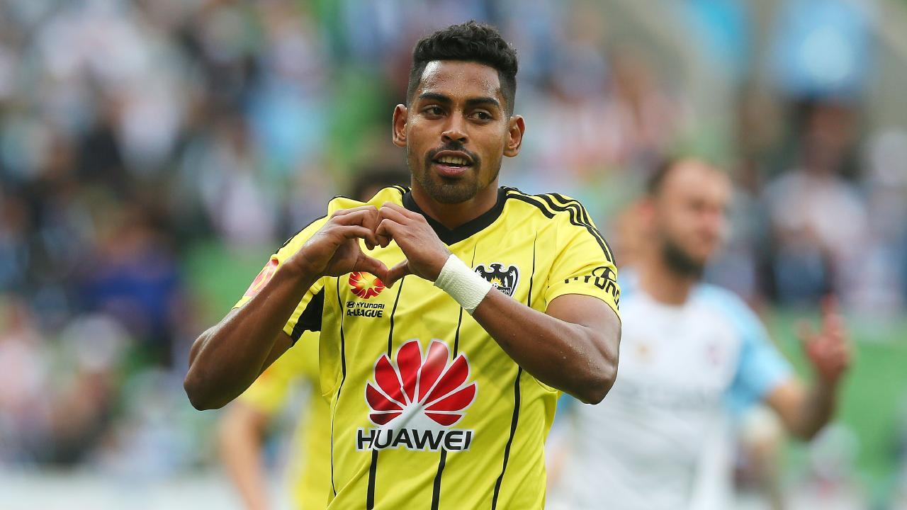 Roy Krishna of Wellington Phoenix celebrates his goal