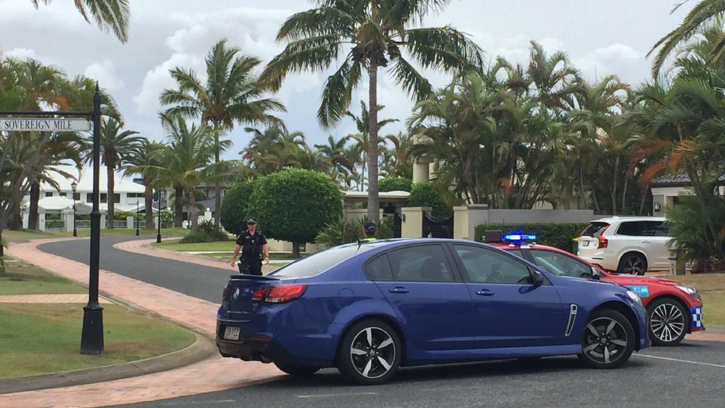 Police vehicles blocking Excalibur Court in Sovereign Islands after a horrific accident in which a one-year-old boy was killed. Photo: Talisa Eley