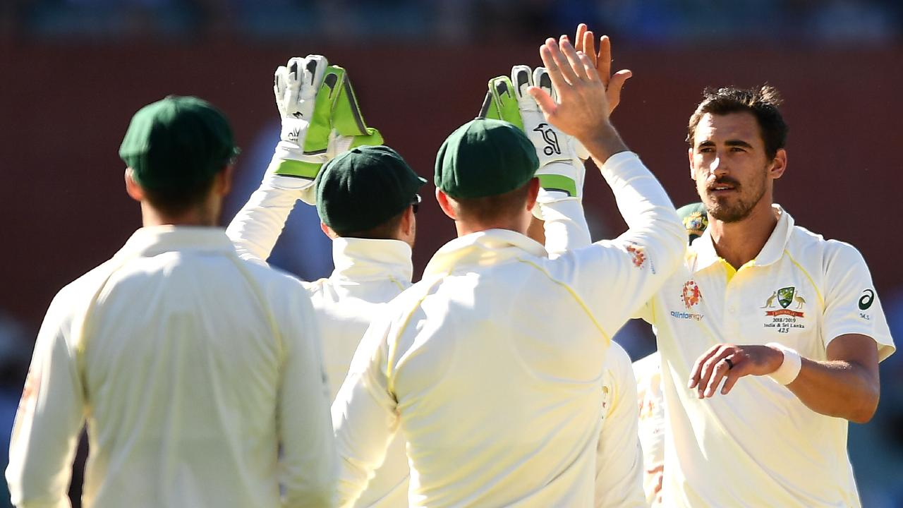 The Aussie bowlers won day one. (Photo by Quinn Rooney/Getty Images)