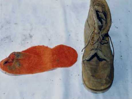 The orange sock and boot found on Annette.