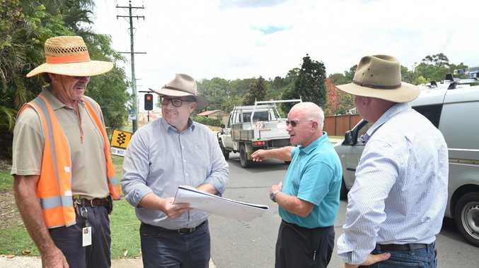 Madsen Road Upgrade - (L) Brian Hart, Keith Pitt MP, Bob Goodwin and Cr Denis Chapman.