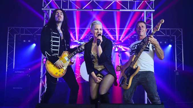 A Pink tribute show will be held at the Racehorse Hotel this month.