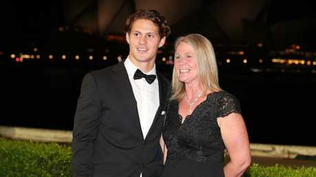 Ponga and his mother Adine at the 2018 Dally M Awards.