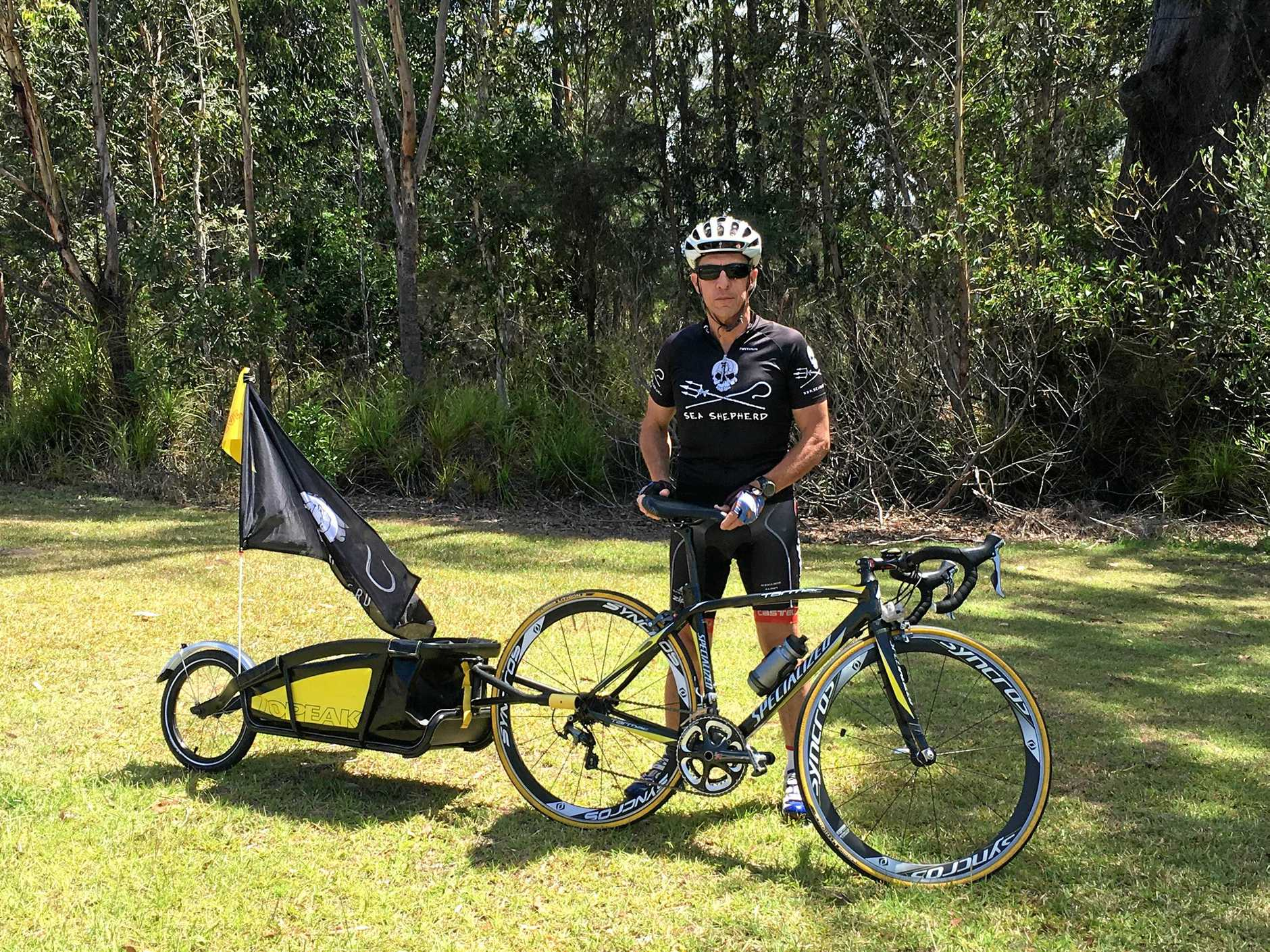 Darren Squibb is cycling down the coast in an urgent bid to bring to light not only the plight our oceans, but our koala populations.