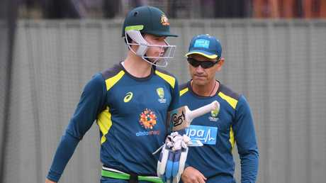Peter Handscomb working closely with coach Justin Langer. Picture: AAP