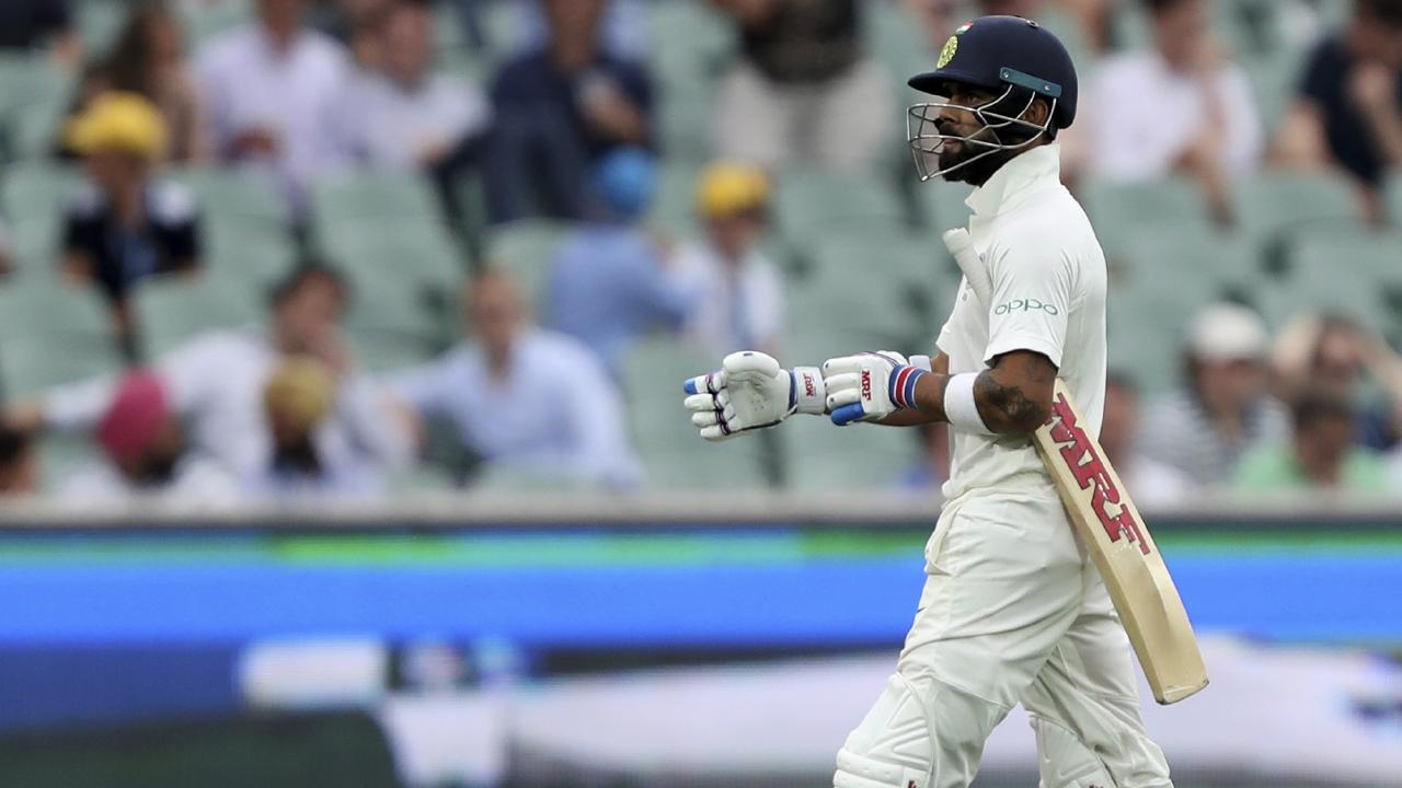 Virat Kohli is clinging to a slender lead in the ICC Test batting rankings.