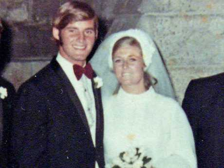 Chris Dawson with his wife Lyn on their wedding day. Lynnette went missing in 1982 when she was 34.