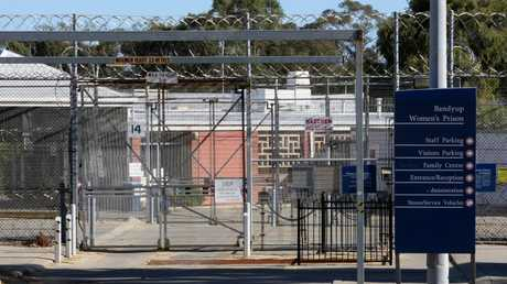 An inmate gave birth alone in her unsterile West Australian cell in circumstances the prisons inspector has described as distressing, degrading and high-risk.